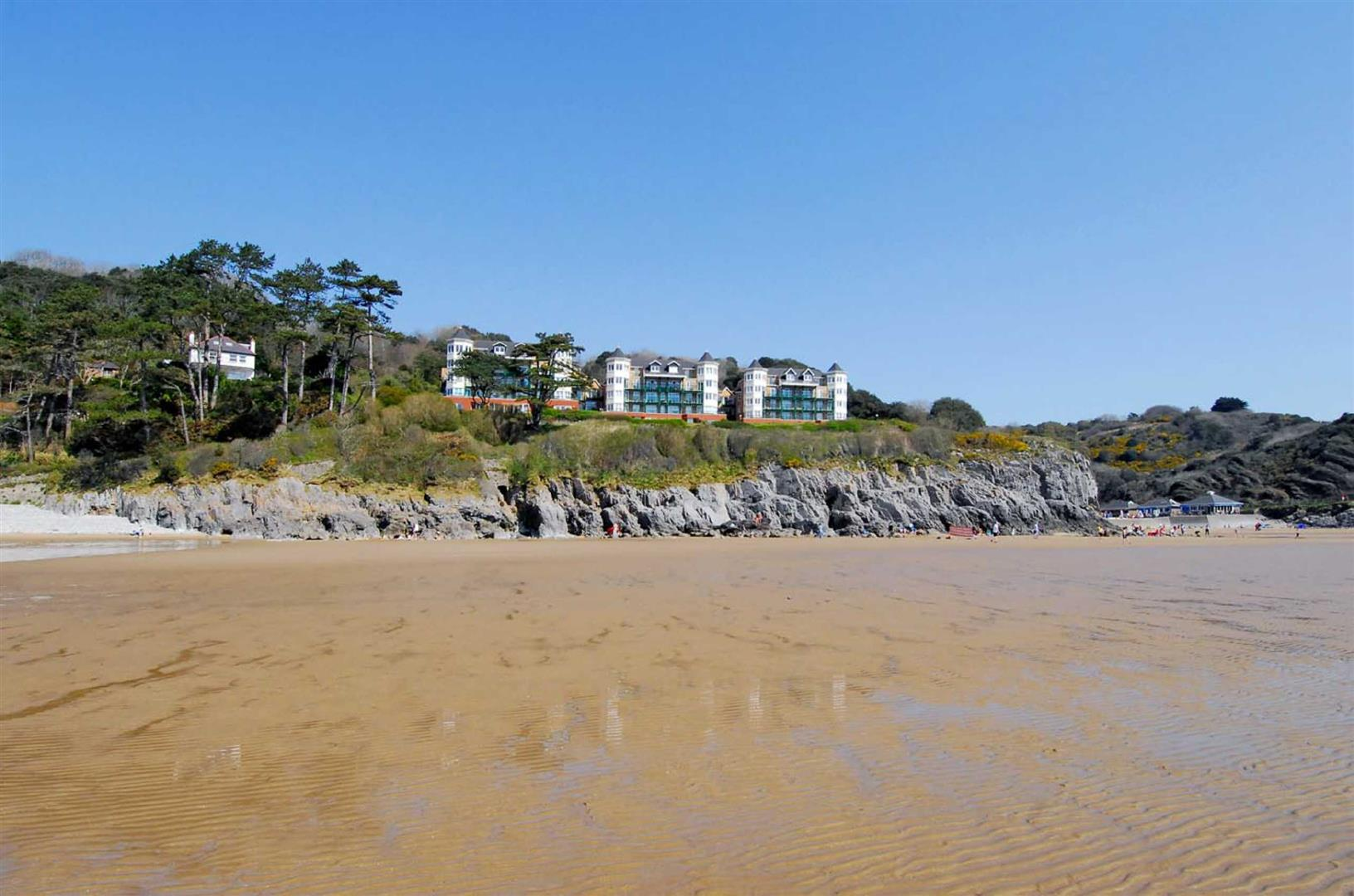 Caswell Bay Court, Caswell, Swansea, SA3 4RY